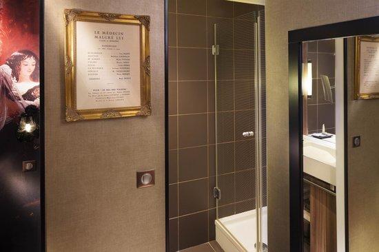 salle de bain classique molière - picture of hotel les theatres ... - Salle De Bain Classique