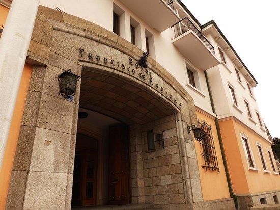 Francisco de Aguirre Hotel: Main entrance