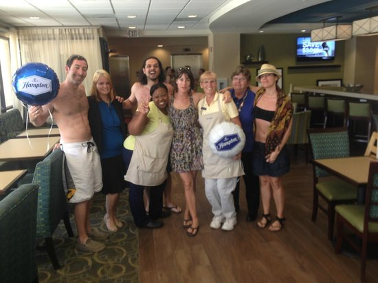 Hampton Inn Cocoa Beach/Cape Canaveral : The Hampton staff and my friends and I