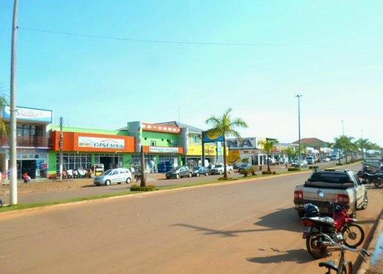 Alvorada d'Oeste, RO: Av. Marechal Rondon, Principal Avenida Comercial Da Cidade