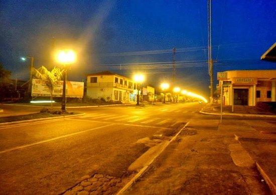 Alvorada d'Oeste, RO: Av. 05 de Setembro a Noite