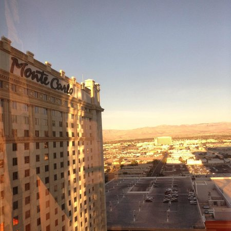 Monte Carlo Resort & Casino: Morning view from 28th Floor