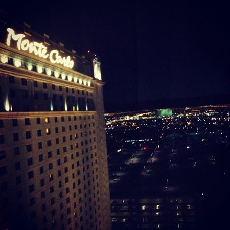 Monte Carlo Resort & Casino: Night view from 28th floor