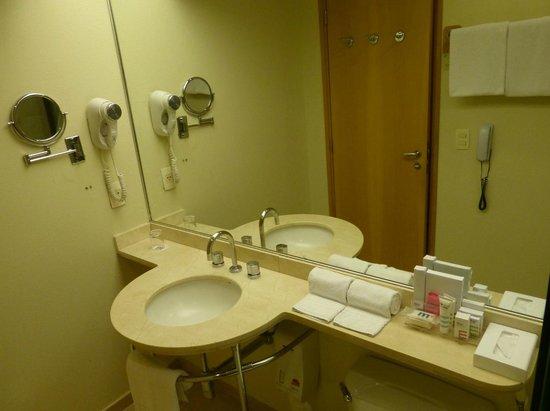 Mercure São Paulo Jardins Hotel : banheiro