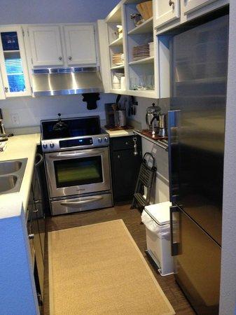 Pitkin Creek Condos: Kitchen
