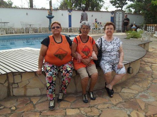 Pouso Das Gerais: A beleza em volta da piscina