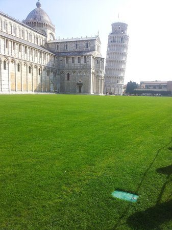 Tuscany in One Day Sightseeing Tour: pisa