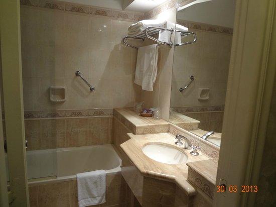 Ermitage Hotel: Banheiro