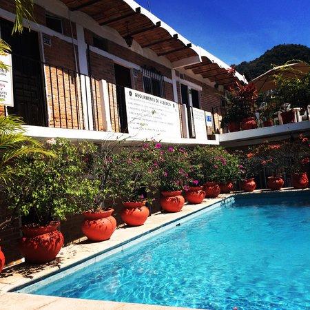 Hotel Posada de Roger: Zwembad