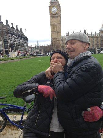 Fat Tire Bike Tours - London: A curious Swedish way of showing affection on a London bike tour