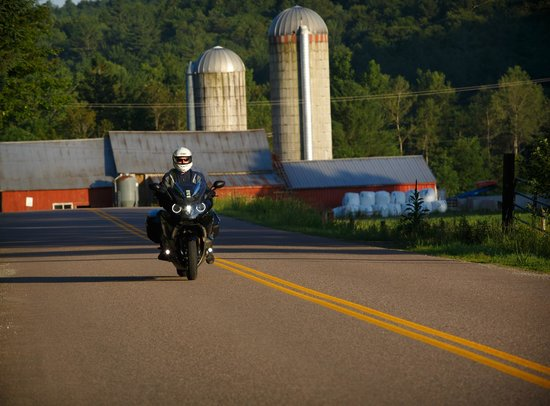 South Burlington, VT: Touring on the BMW K1600GTL