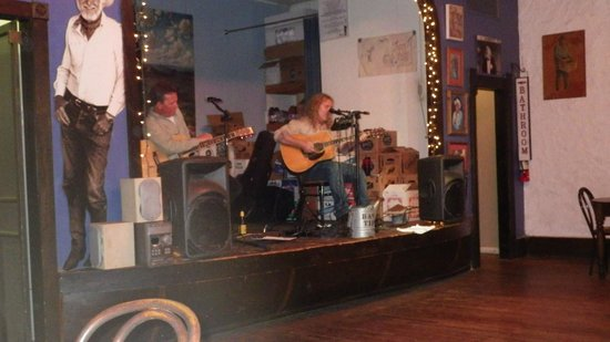 Hondo's on Main: Great musicians!