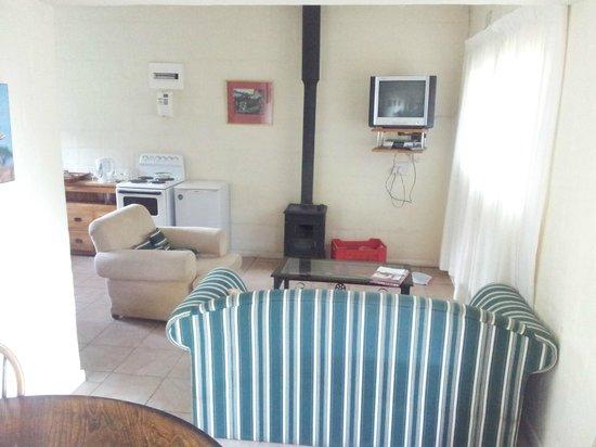 Chamonix Cottages: lounge