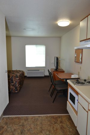 WoodSpring Suites Clarksville Ft. Campbell: in Room