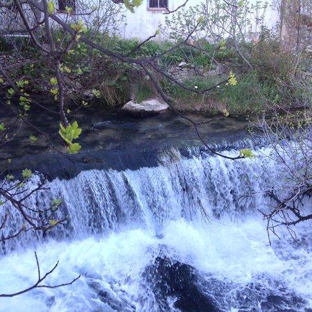 Molino del Santo: Waterfall