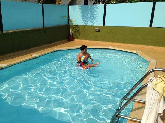 10 Calangute : Pool