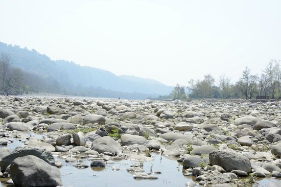 Leisure Vacations Myrica Resort : River besides the hotel