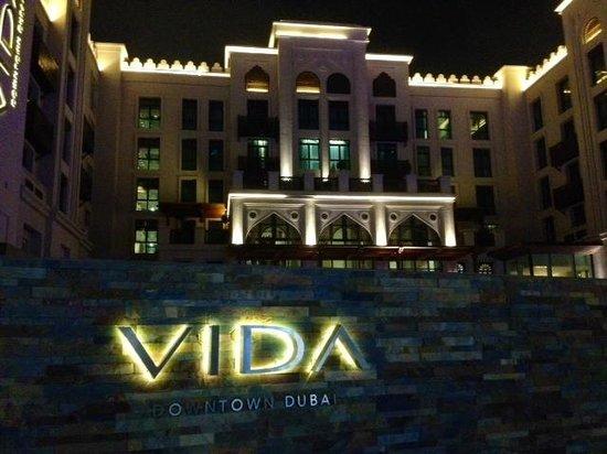 Vida Downtown: Fachada principal do hotel