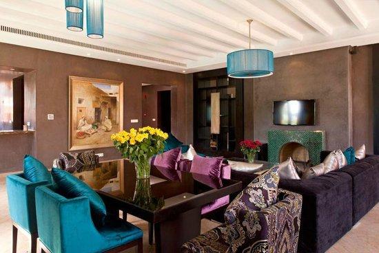 Palais Aziza & Spa : Two Bed rooms Villa Dining Area
