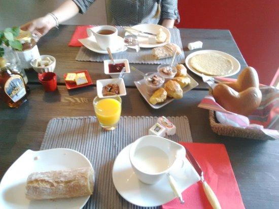 Domaine  de Bel Air Carpe Diem : petit dejeuner