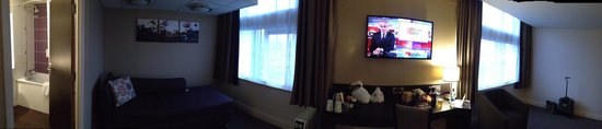 Premier Inn Manchester City Centre (Arena/Printworks) Hotel: decent sound proofing