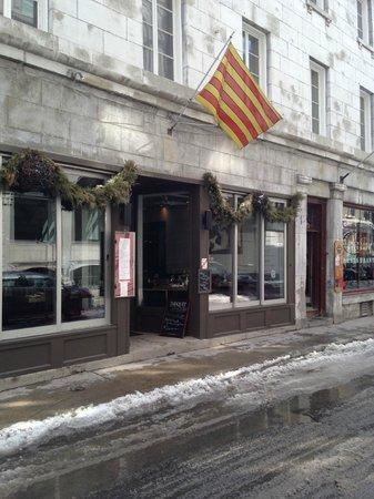 Restaurant Les Pyrenees : Les Pyrenees on St-Paul