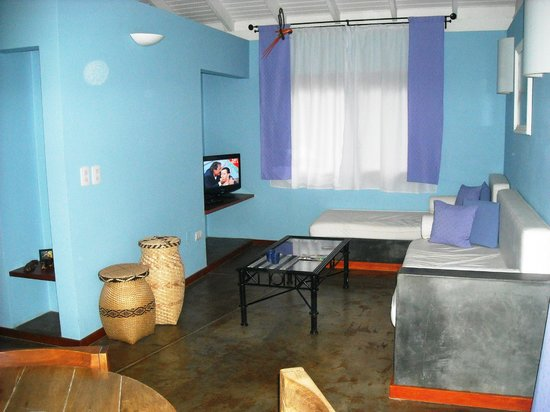 Raices Esturion Hotel: living lodge