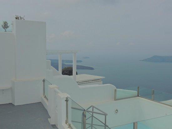 Heliotopos Hotel: vista desde cerca de la pileta