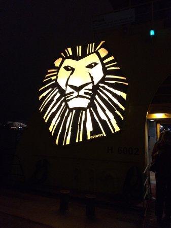 Der König der Löwen: Schiffs-Shuttle