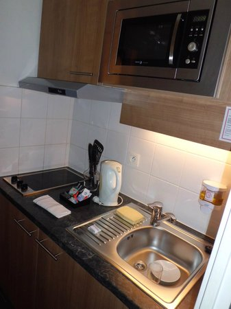 Residhome Appart Hotel Asnieres: Cucina