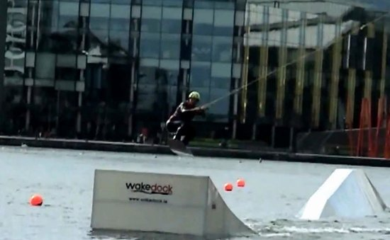 Wakedock: Ed land the jump