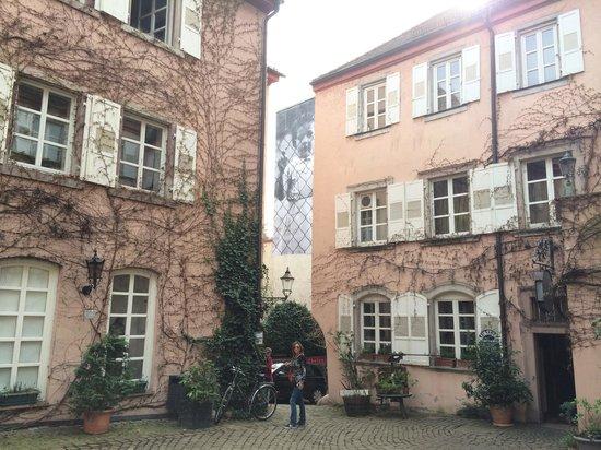 Museum Frieder Burda: JR's Unframed Project in Baden-Baden