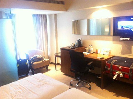 Surya Palace Hotel: Room