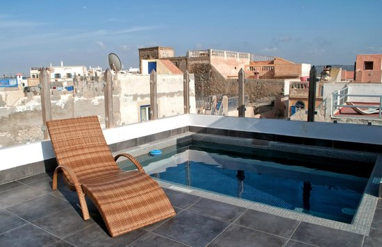 Dar Maya: Roof terrace dip pool
