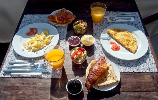 Dar Maya: Breakfast on the roof terrace
