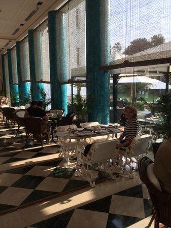 The Imperial Hotel: Breakast room