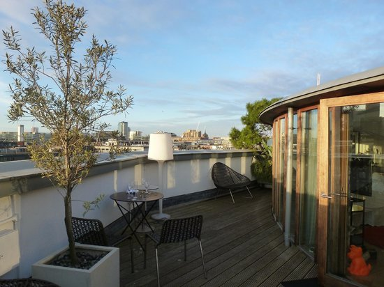 The Zetter Hotel: Sunny terrace