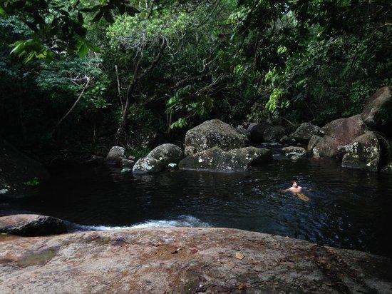 Aratinga Inn: Swimming Hole