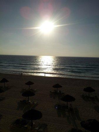 The Royal Sands: Beautiful morning sun