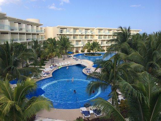 Azul Beach Resort Riviera Cancun : Lobby looking down