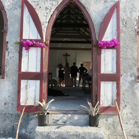 Pigeon Cay Beach Club : Renewing wedding vows