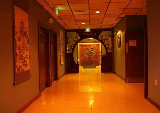 China Bistro : Grand Entrance