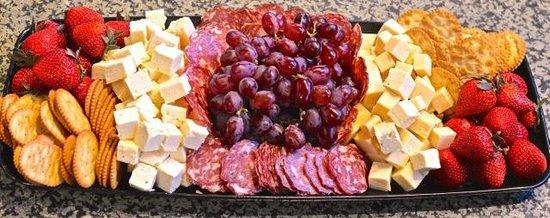 Bob's Italian Foods: Formaggio & Frutti Platter