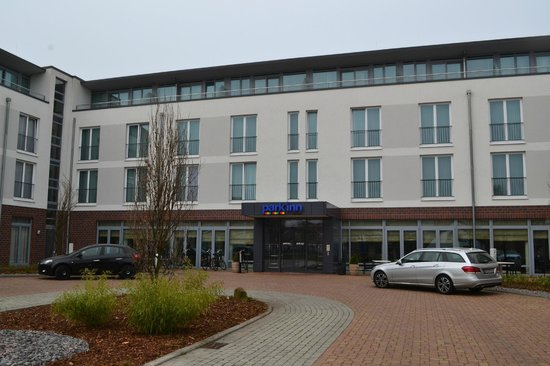 Park Inn by Radisson Papenburg: Hoteleingang