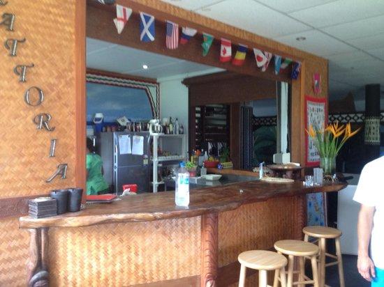 La Dolce Vita Holiday Villas: Kitchen area
