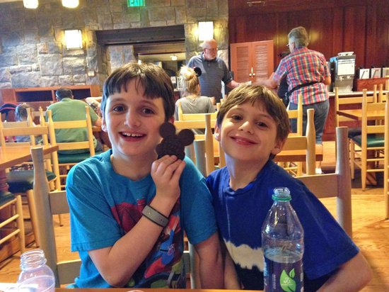 Disney's Wilderness Lodge: In the Roaring Forks on the first day.
