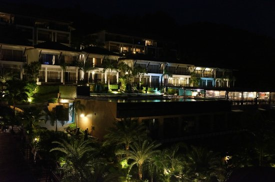Mantra Samui Resort : Lovely night view