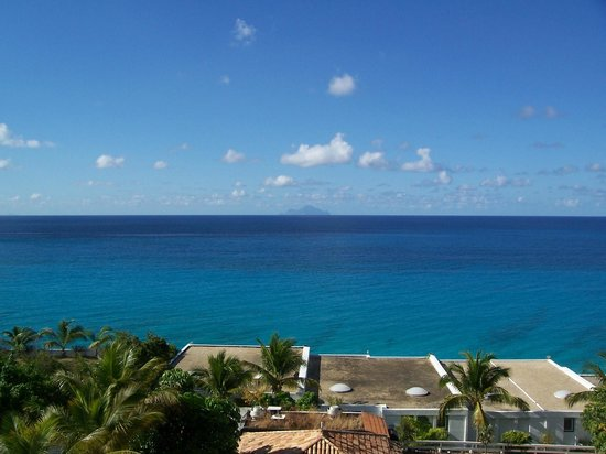 Sapphire Beach Club Resort : View of Saba Island fro the 5th floor