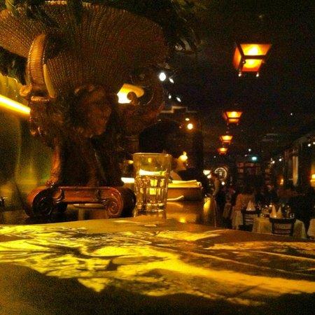 Ivory Club: Restaurant