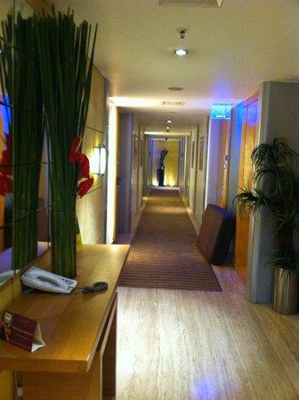 Mirage Hotel: Corridor